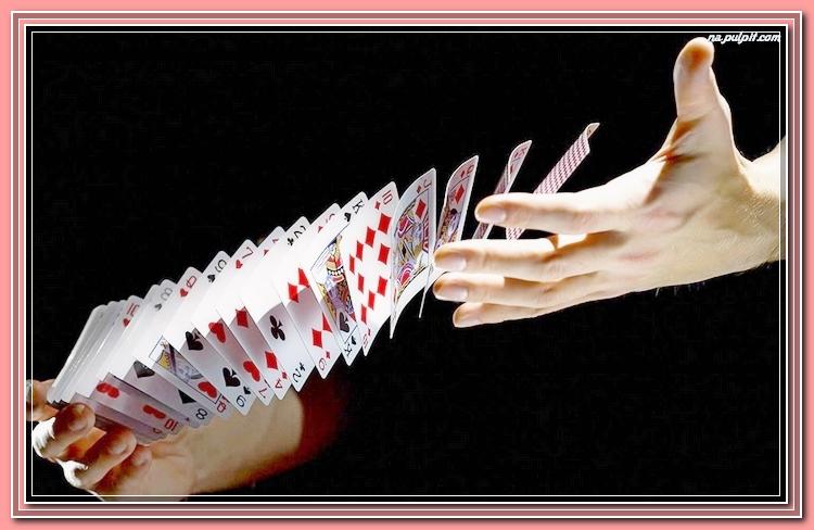 Как тасовать карты Таро, чтобы гадание было верным Tasowanie-reka-karty